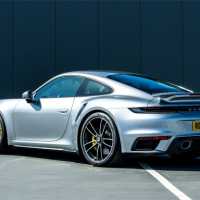 UK Porsche 911 Turbo S Slide